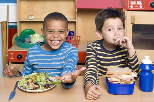 meyenangkan anak dengan membuat resep bekal sekolah